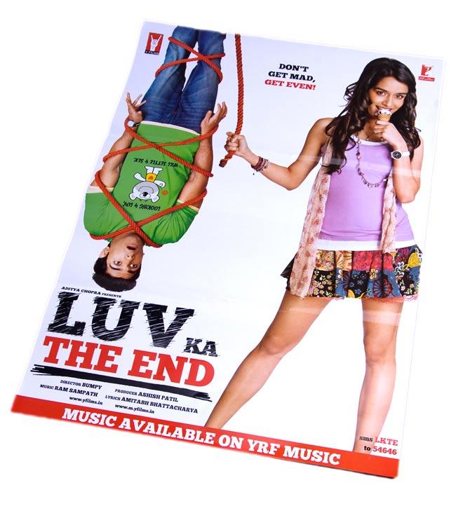 インド映画販促ポスター[LUV KA THE END]の写真