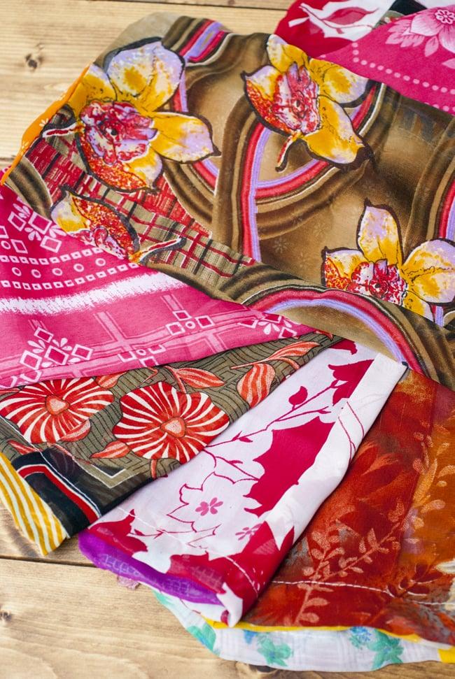 [アソート]オールドサリーの大きめ巾着の写真4 - 色々な色があります。どんなものが届くかはお楽しみ!