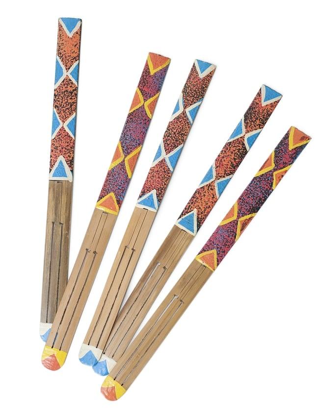 インドネシアの竹の口琴 - ゲンゴン 5 - 素材の質感やペイントは商品ごとに異なりますのでアソートでのお届けとなります。
