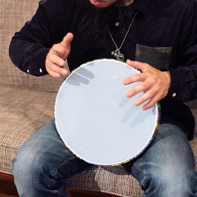 波打ち際の音がする打楽器 マリンドラム PVC製 直径31cm 8 - これくらいのサイズ感になります。