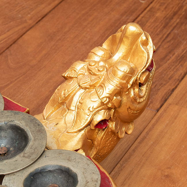 チェンチェン Ceng Ceng バリ・ガムランの本格品 5 - 丁寧に彫り込まれています。