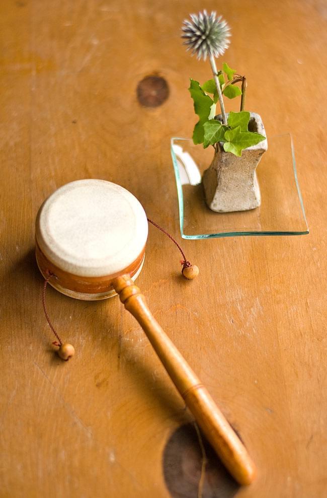 インドネシアのでんでん太鼓 【小】 3 - 天然素材を用いたハンドメイド品なのでインテリアとしても可愛らしいです。