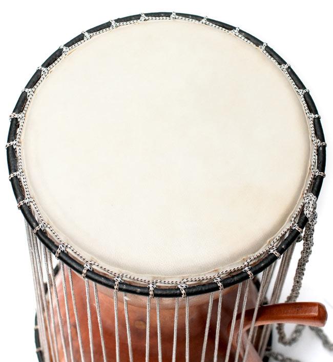 木製トーキングドラム[プレーン] 2 - 鼓面のアップです。