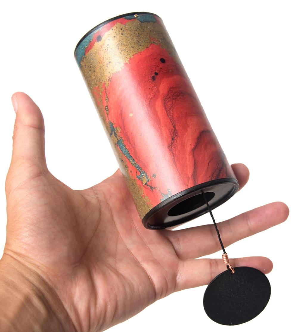 ザフィア・チャイム〔Zaphir Chime〕(ヒーリング風鈴) - ブルームーン 6 - サイズ比較のために手に持ってみました