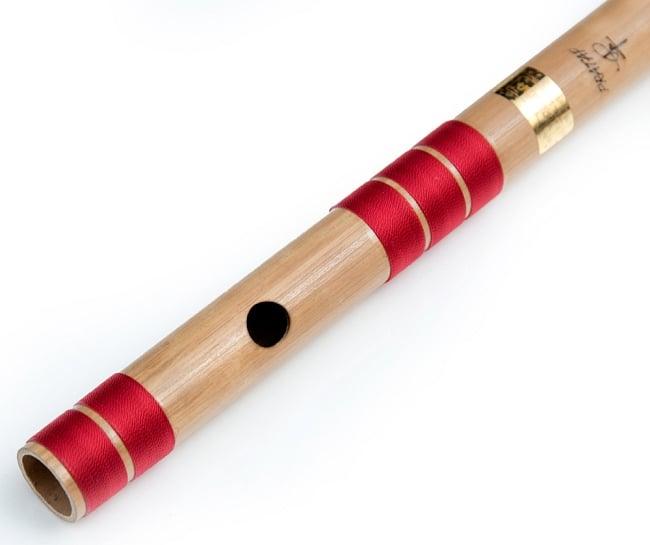 高品質コンサート用バンスリ(C#管) 2 - 上部、この穴に口を当てます