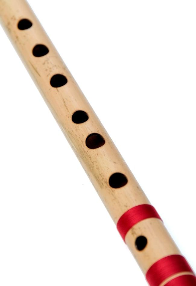 高品質コンサート用バンスリ(D#管) 4 - 一部分を拡大しました