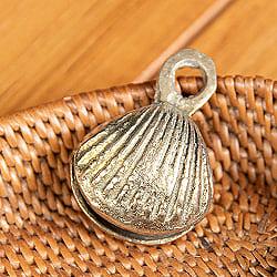 インドの鈴 貝殻グングル[約4.3cm×約3cm]