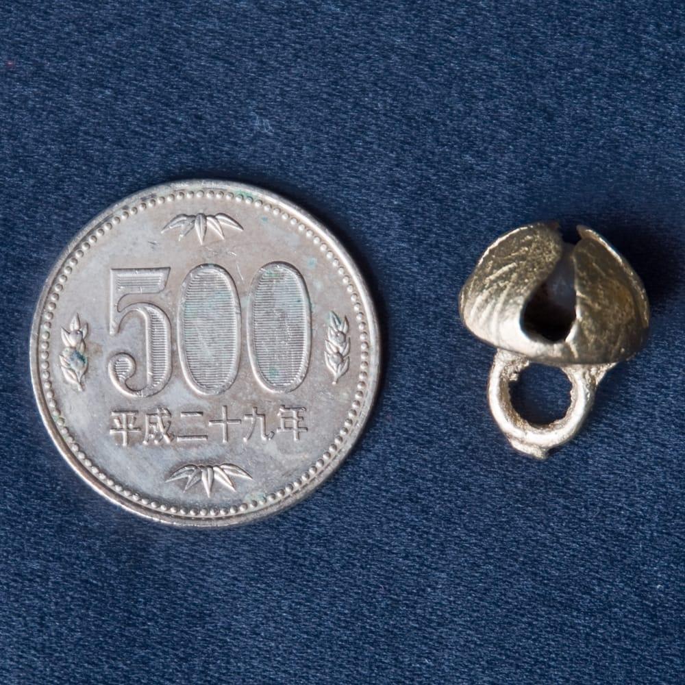 グングル用鈴【直径:約1.3cm】10個セット 5 - 500円玉と比較してみました