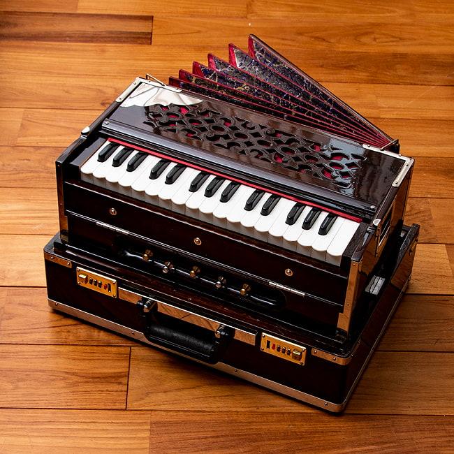 【Kartar Music House社製】ポップアップハルモニウム 3ドローンタイプの写真