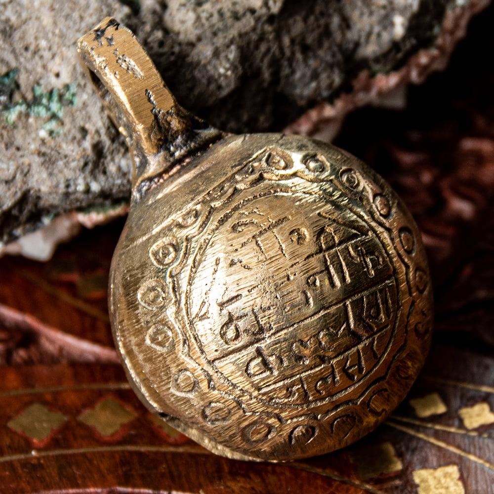 ネパールアニマルベル(直径約4.5cm)の写真