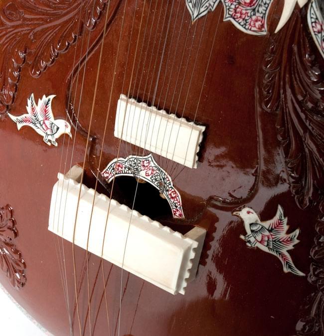 PALOMA製 スルバハール(Surbahar) 5 - ジャワリ周辺のアップです
