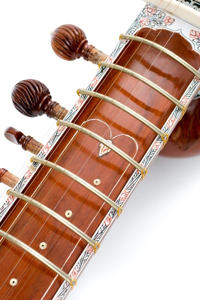 [インド品質]【PALOMA社製】ダブルトゥンバ練習用シタールセット(グラスファイバーケース) 3 - ネック部分のアップです。