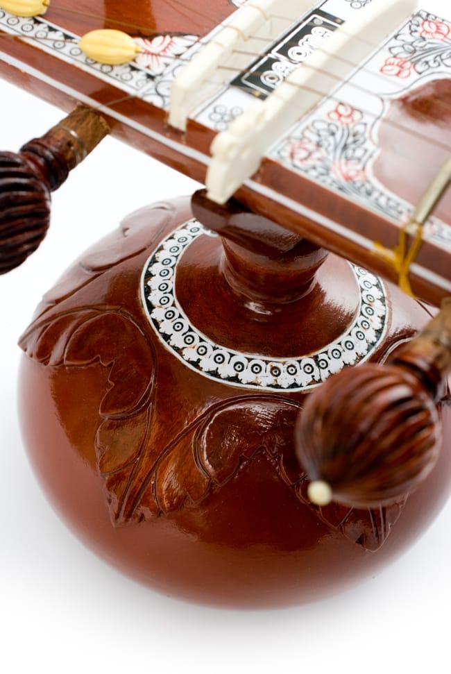 [インド品質]【PALOMA社製】ダブルトゥンバ練習用シタールセット(グラスファイバーケース) 7 - トゥンバの丸みを帯びた形状がかっこ良いです