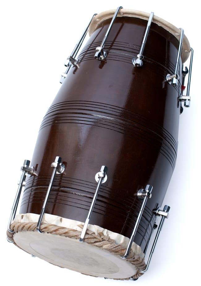 ドーラク(Dholak) インドの両面太鼓 ボルト締め高級タイプ 6 - ボルト部分の拡大です
