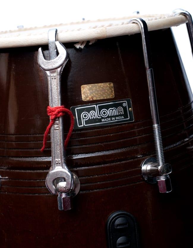 ドーラク(Dholak) インドの両面太鼓 ボルト締め高級タイプ 7 - 安心のムンバイの老舗PALOMA社製。チューニング用のスパナも付属しています。