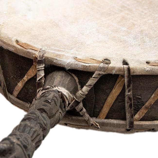 チベットの太鼓 チベット仏教の儀式で使われる打楽器 - ガ(rnga) 3 - プリミティブな造形です。