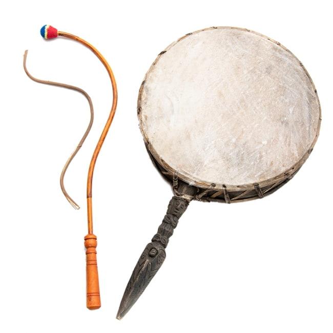 チベットの太鼓 チベット仏教の儀式で使われる打楽器 - ガ(rnga)の写真