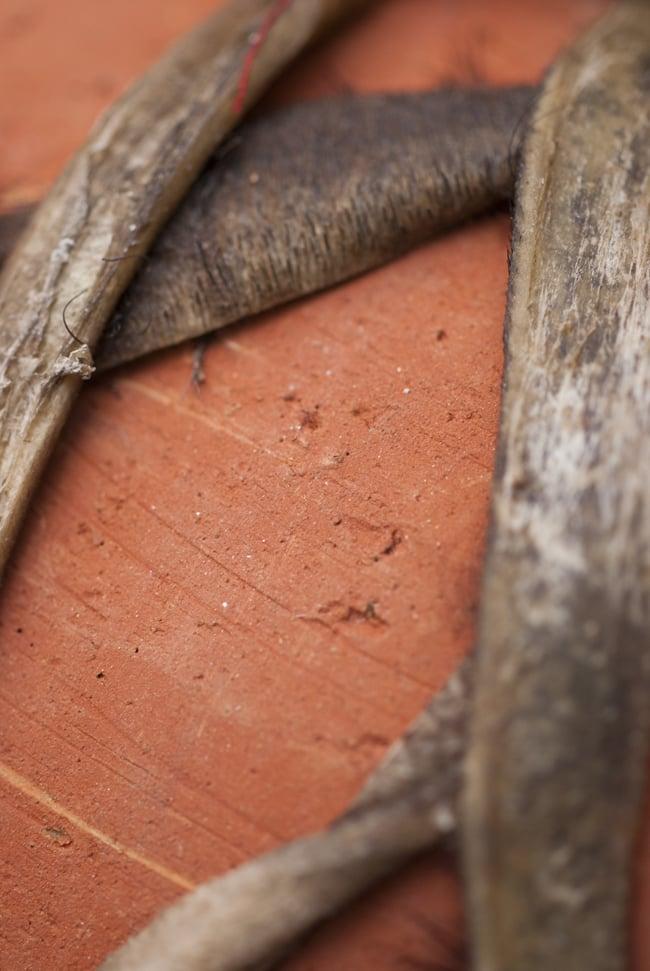 クレイ・タシャ(大) 6 - 昔ながらの素焼きの共鳴胴。