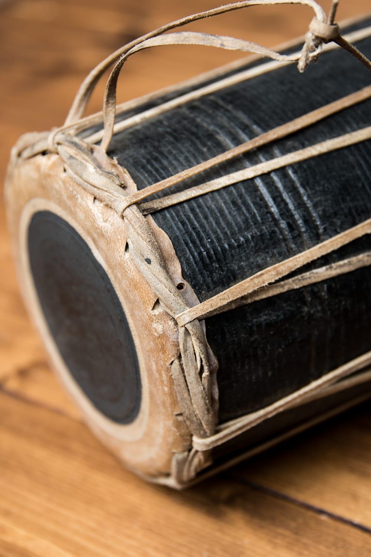 ネパールの民族打楽器 マダル 3 - 角度を変えてみました。
