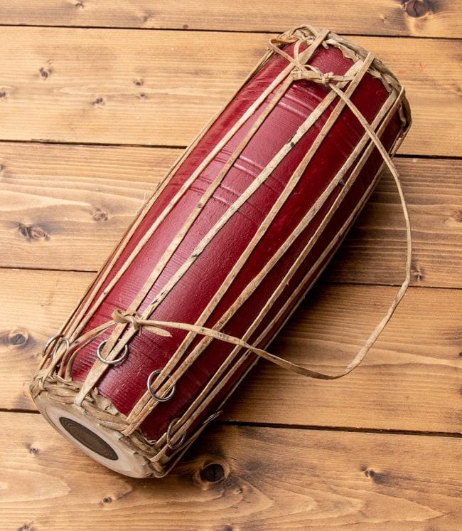 ネパールの民族打楽器 マダル 6 - 昔ながらの素焼きの共鳴胴。