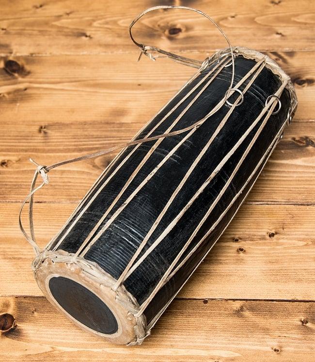 ネパールの民族打楽器 マダルの写真