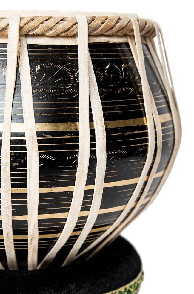 タブラ フルセット ブラス・彫り込み仕上げ 5 - グラマラスな造形が美しいインドの打楽器です。