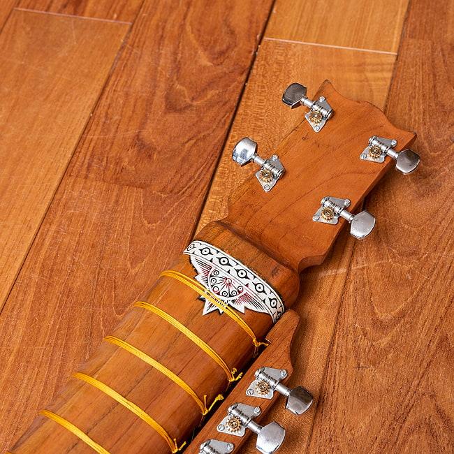 【Kartar Music House社製】エスラジ(esraj) 12 - ハードケースの中に楽器を入れたところです