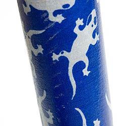 レインスティック (100cm、PVC【ブルートカゲ】)の写真 - 拡大写真です。