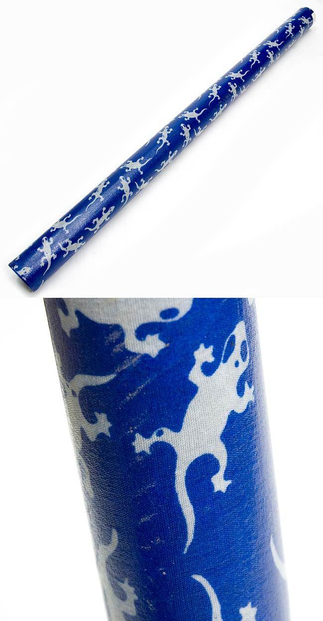 レインスティック (100cm、PVC【ブルートカゲ】)の写真1