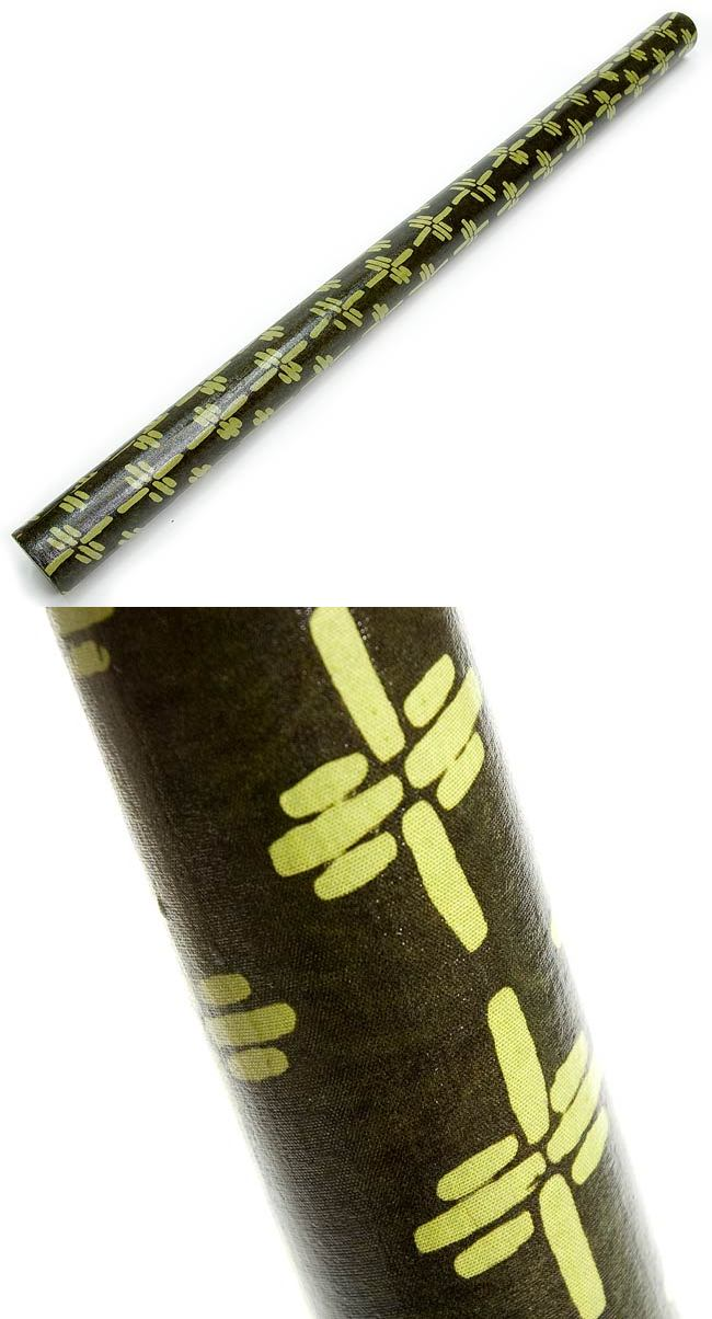 レインスティック (100cm、PVC【伝統模様】)の写真1