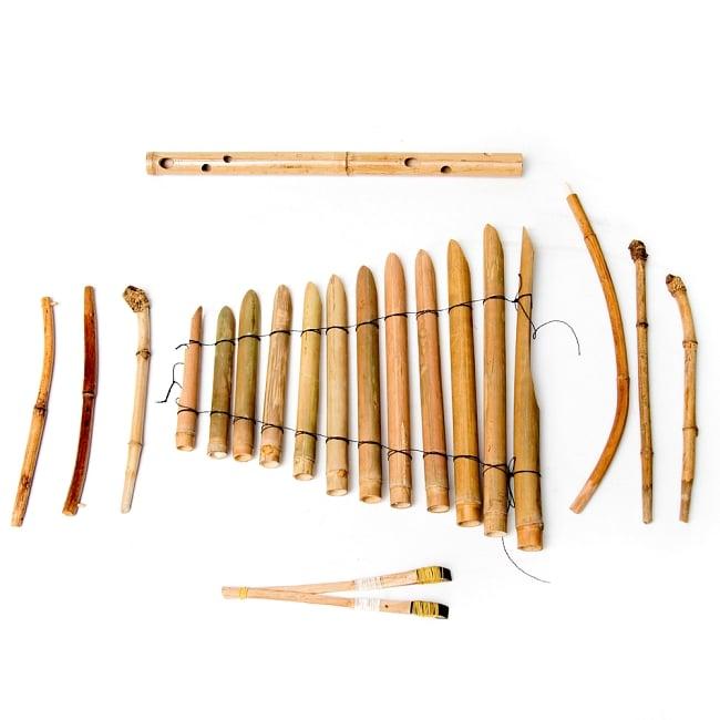 ベトナムの竹琴(トルン) 約95cm 13 - 部品を並べたところです