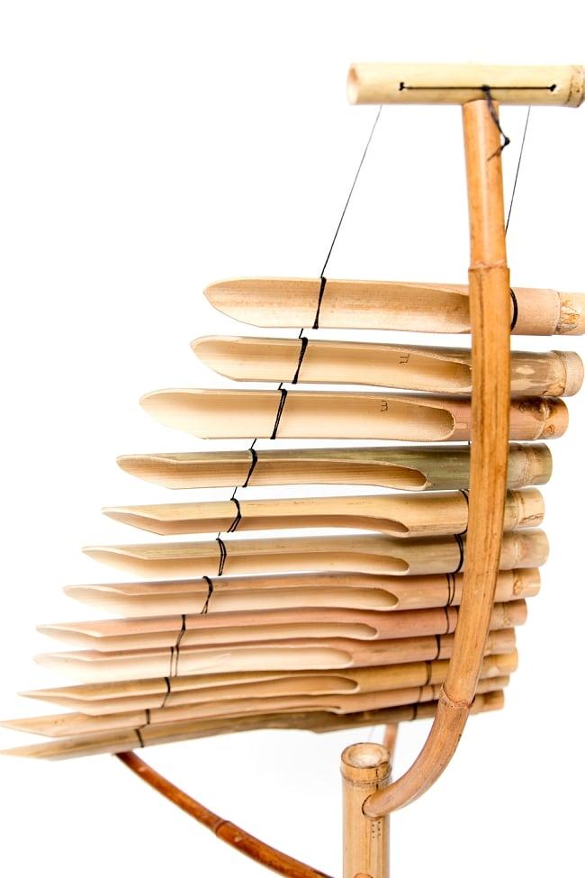 ベトナムの竹琴(トルン) 約95cm 3 - 拡大写真です