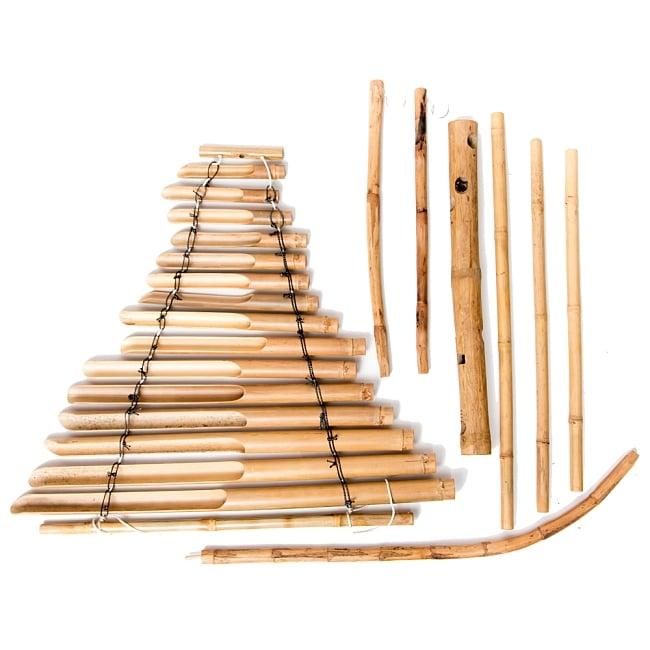 ベトナムの竹琴(トルン) 約125cm 13 - 部品を並べたところです