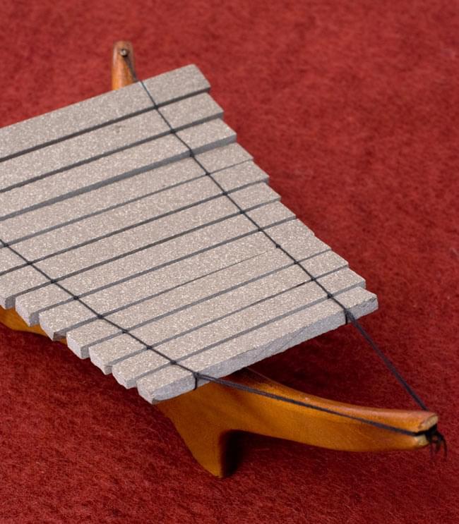 ベトナムのミニ石琴(ダン・ダー) 3 - 角度を変えてみてみました。