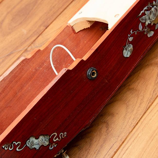 ベトナムの一弦琴 ダン・バウ 良品質(大) 6 - シールドでアンプなどにつなげることができます。