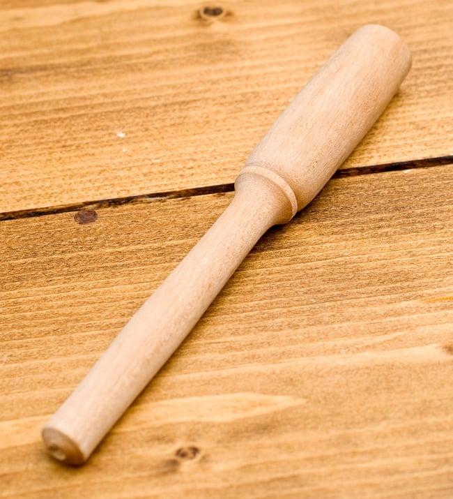 ベトナムの木製ギロシェイカー 大 4 - 付属の棒です。