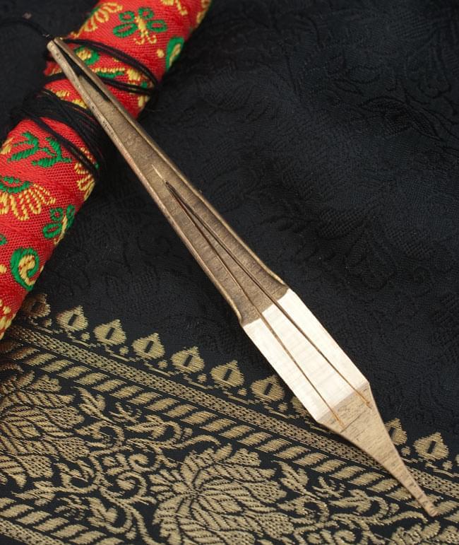 低音ダンモイ-ベトナムの口琴の写真