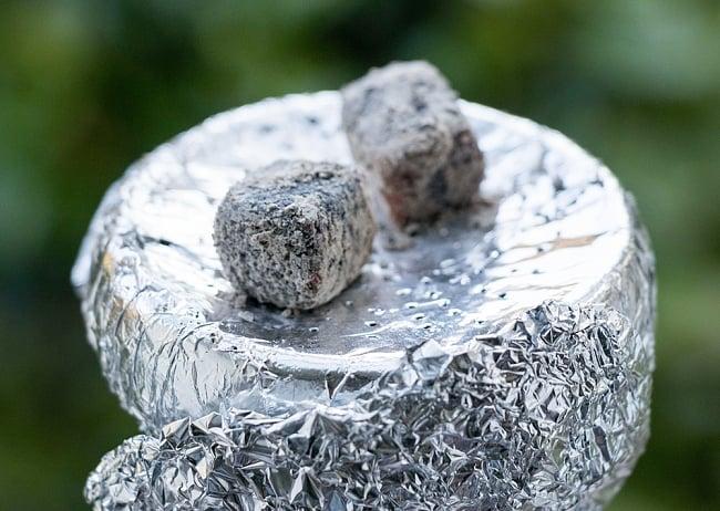 シーシャの炭 COCONUT COAL - 30個入り 8 - 使用環境にもよりますが1時間程度持ちます。