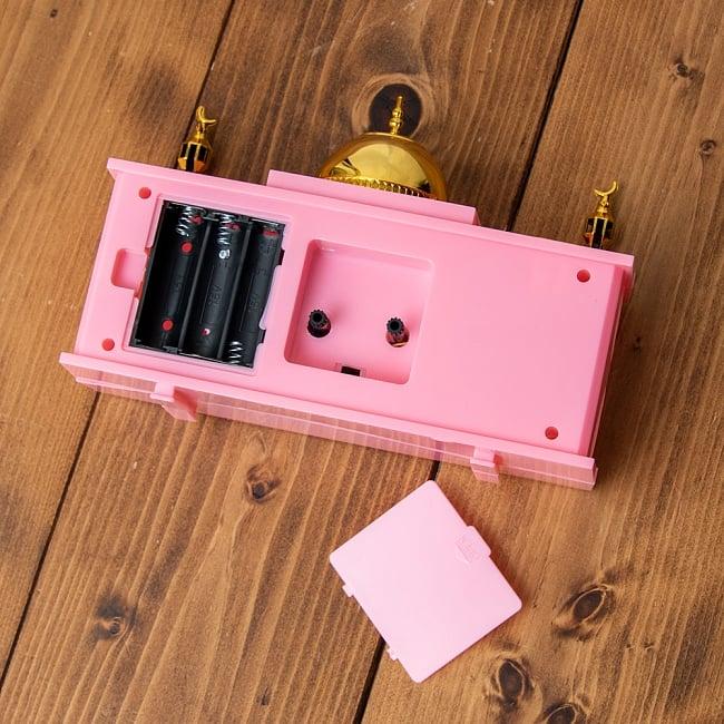 アザーン目覚まし時計−モスク-ピンク 5 - 裏側はこんな感じです。通常の目覚まし時計のように設定してください。(以下の写真は色違いの商品になります)