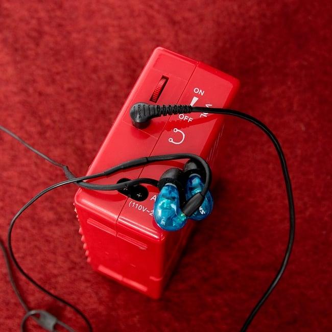 ブッダマシン どこでもいつでもお経が聞ける スピーカー内臓の自動読経機 6 - なんとイヤホンも接続できます。一人お経を聞くことも可能!(写真のイヤホンは付属いたしません。)