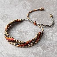 マクラメ編みブレスレット - ネイビー&オレンジ&レッド