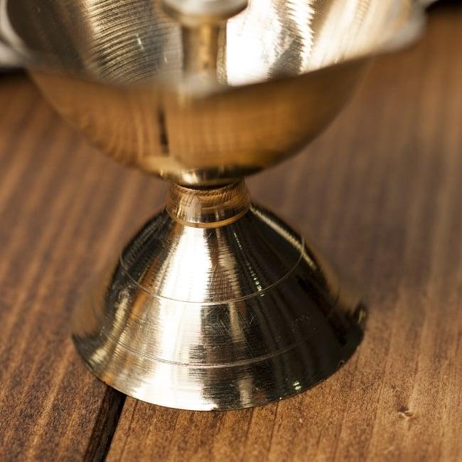 蓮型オイルランプ&香立て(7.5cm) 3 - 台座部分の様子です