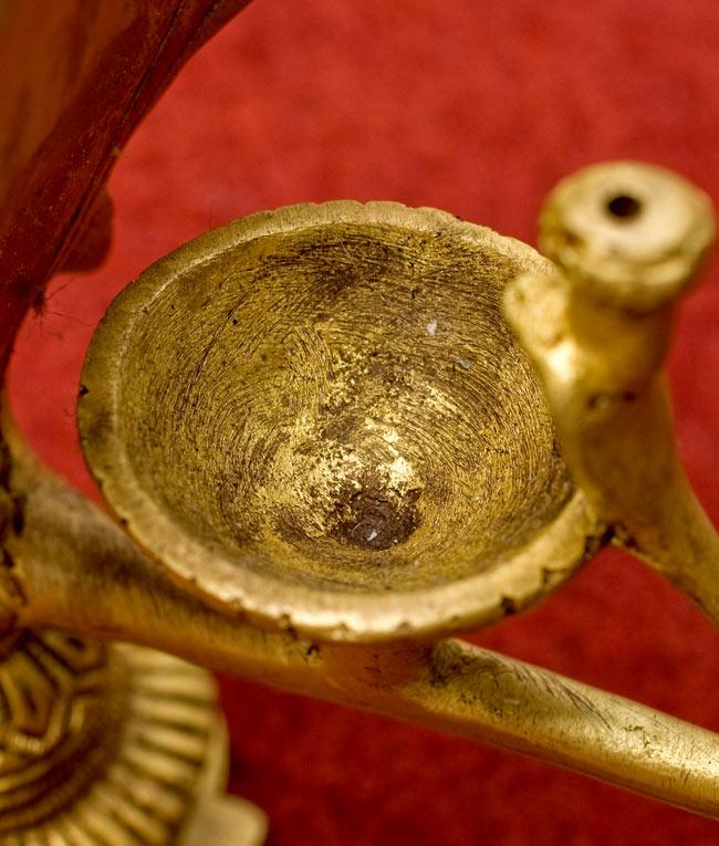ブラスのオイルランプ&お香立て【ナーガ】 4 - ここに油を入れて使用します。コーン香も乗っけられますよ。