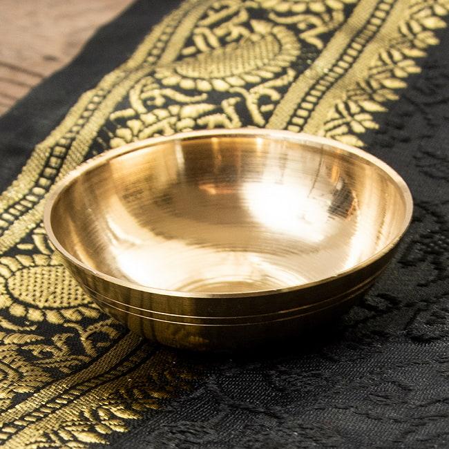 金色の小皿[直径:7cm]の写真