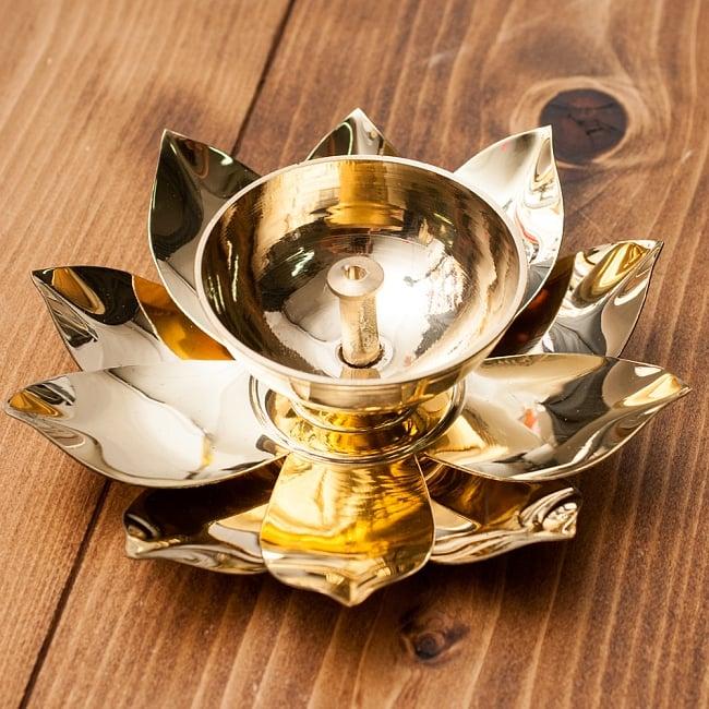 蓮の花のオイルランプ&お香立て [直径15cm]の写真