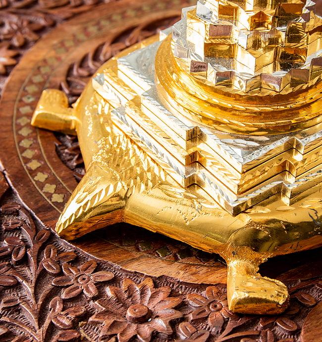 シュリー・ヤントラ ピラミッド カチュワ(kachwa) インド風水 8 - 亀のしっぽも彫り込まれています。