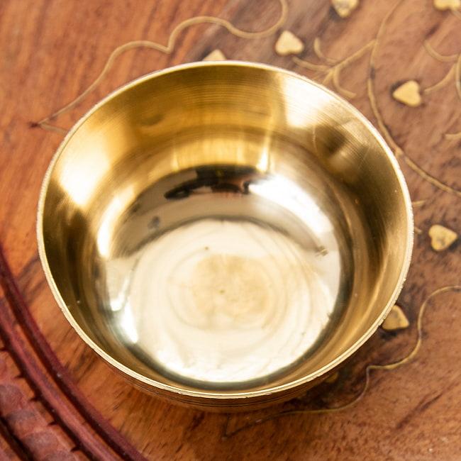 インドの礼拝用 ブラスボウル【直径:約8cm】 3 - 逆さまにしてみました。