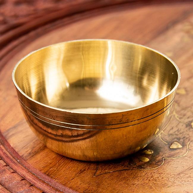インドの礼拝用 ブラスボウル【直径:約8cm】の写真