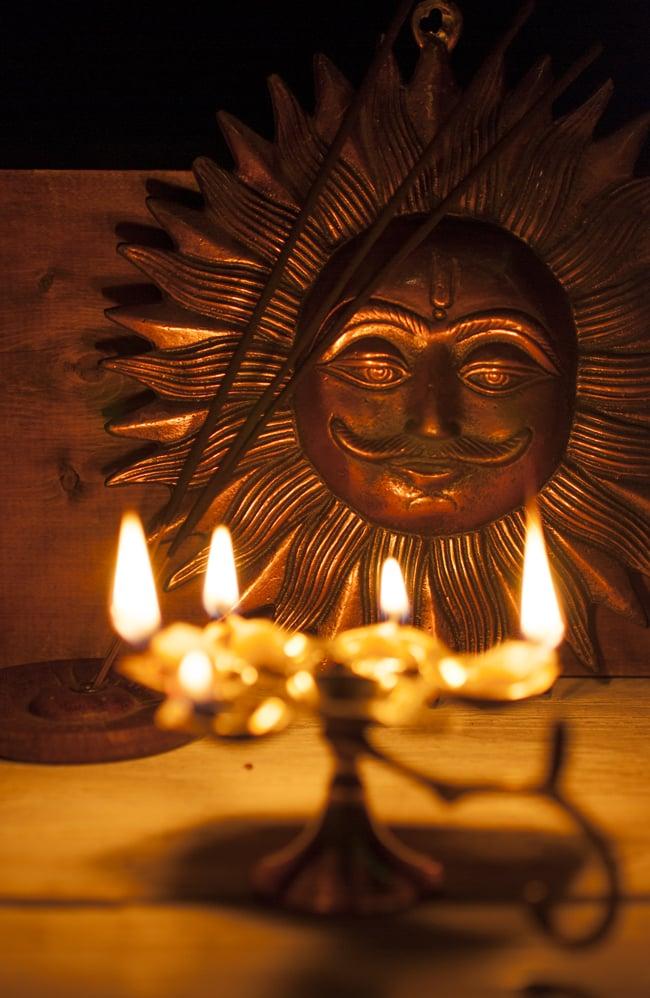5口のオイルランプ&香立て(大) 8 - 瞑想のひと時。