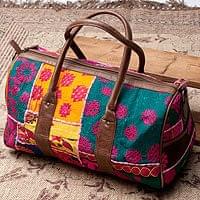 【一点物】伝統を紡いだ カッチ刺繍のボストンバッグ